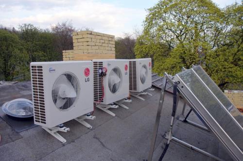 Agregaty Multi Split LG na dachu
