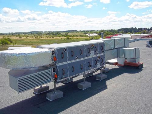 Centrala wentylacyjna VTS montaż na dachu