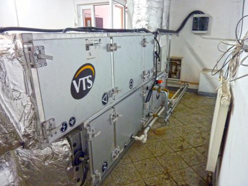 Centrala wentylacyjna VTS zamontowana na poposadzce