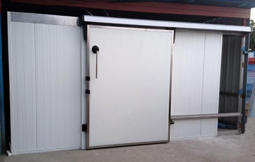 komora chłodnicza na ryby drzwi przesuwne