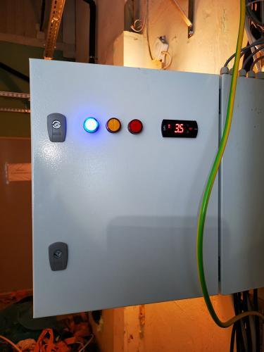 prototypowa Szafa sterownicza z automatyką chłodniczą podczas testów(1)